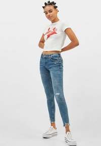 Bershka - LOW WAIST - Jeansy Skinny Fit - Blue - 1