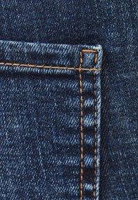 Bershka - LOW WAIST - Jeans Skinny Fit - dark blue - 4
