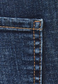 Bershka - LOW WAIST - Jeans Skinny - dark blue - 4