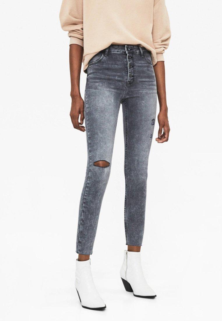 Bershka - MIT HOHEM BUND  - Jeans Skinny Fit - grey
