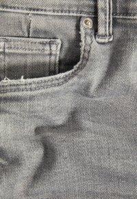 Bershka - SKINNY-FIT-JEANS MIT HOHEM BUND 00004534 - Jeans Skinny Fit - grey - 5