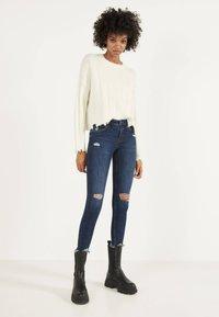 Bershka - Jeans Skinny - dark blue - 1