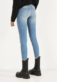 Bershka - Jeans Skinny Fit - blue denim - 2
