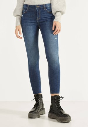 PUSH-UP-JEANS MIT HALBHOHEM BUND 00153352 - Jeans Skinny Fit - light blue