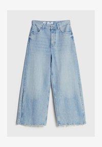Bershka - CULOTTE MIT SCHLITZEN - Flared Jeans - blue denim - 4