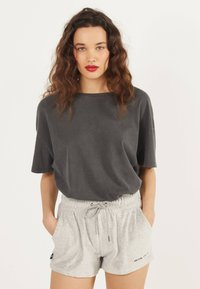 Bershka - Shorts - light grey - 0