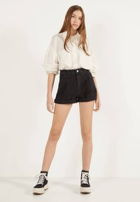 Bershka - MOM - Denim shorts - black