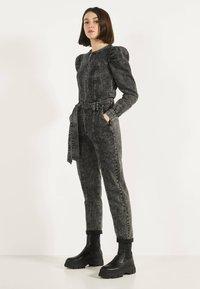Bershka - 02954335 - Jumpsuit - metallic grey - 1