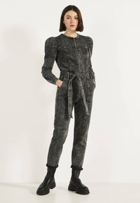 Bershka - 02954335 - Jumpsuit - metallic grey - 0