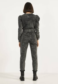 Bershka - 02954335 - Jumpsuit - metallic grey - 2