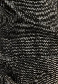 Bershka - 02954335 - Jumpsuit - metallic grey - 4