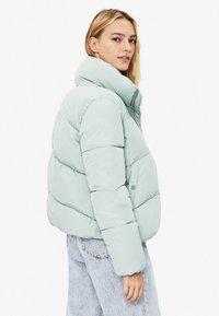 Bershka - PUFFY-JACKE 01460551 - Winter jacket - turquoise - 2