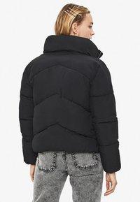 Bershka - PUFFY-JACKE 01460551 - Zimní bunda - black - 2