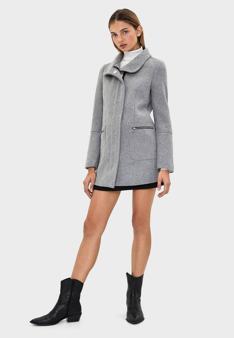Bershka - Cappotto classico - grey