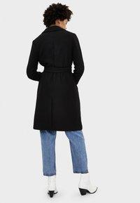 Bershka - MIT GÜRTEL - Classic coat - black - 2