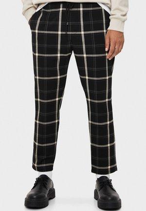 TAILORING - Spodnie materiałowe - black