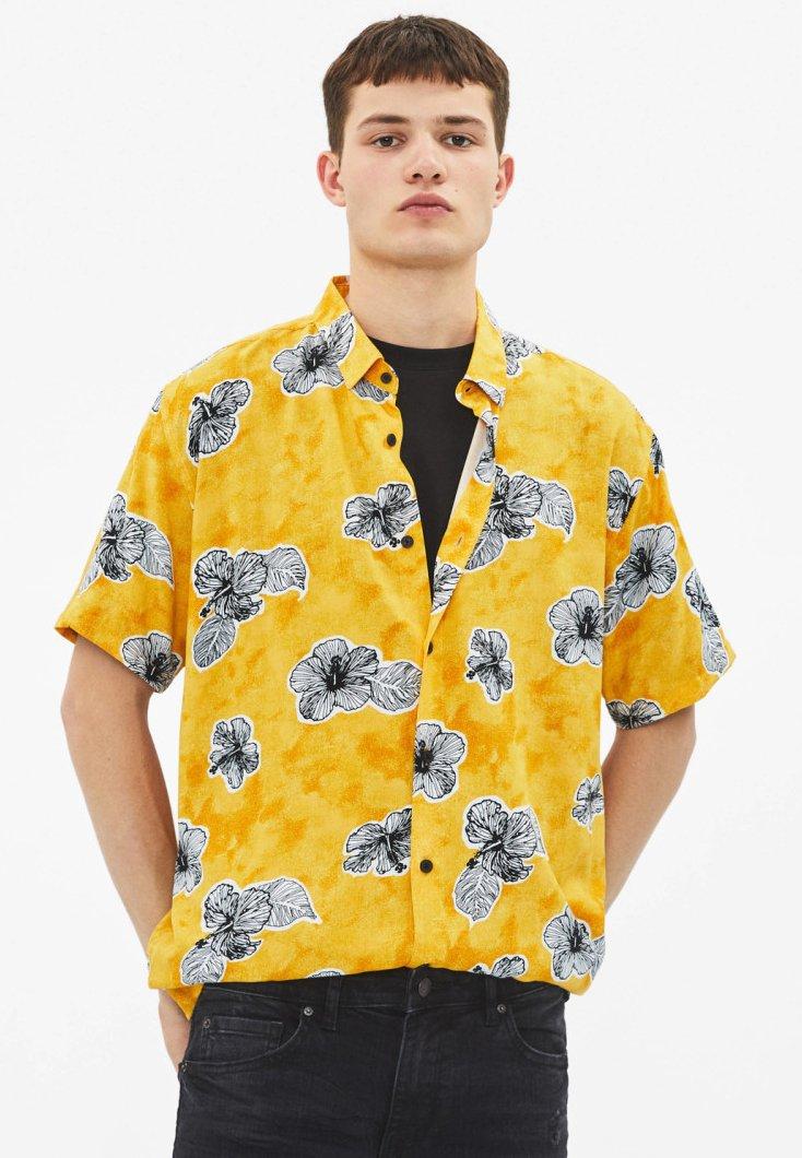 Bershka - MIT PRINT - Skjorter - mustard yellow