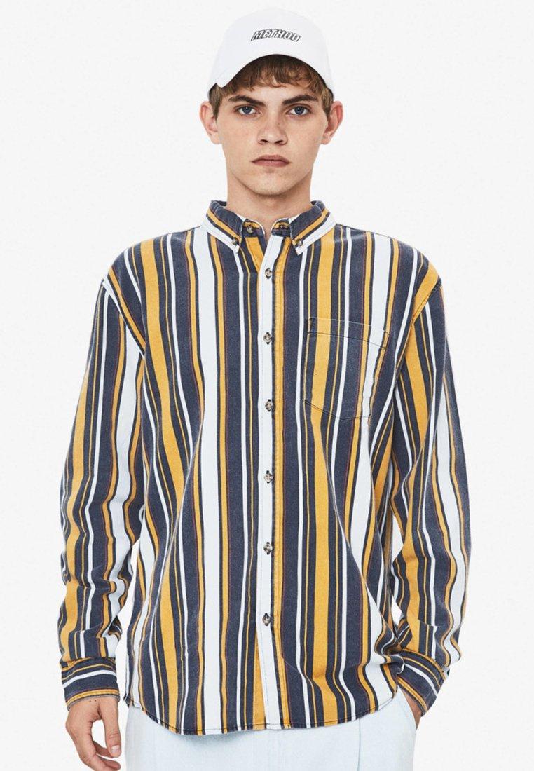 Bershka - Shirt - yellow