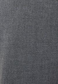 Bershka - MIT KETTE - Chino - dark grey - 4