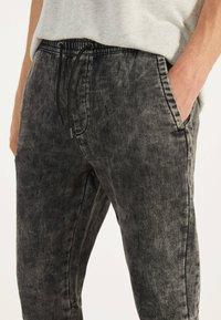 Bershka - Teplákové kalhoty - dark grey - 3
