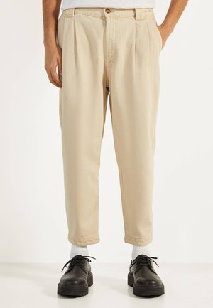 IM BALLOON-FIT - Trousers - beige