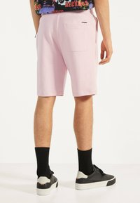 Bershka - Shorts - pink - 2