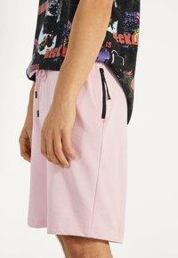 Bershka - Shorts - pink - 3