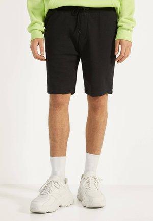 Short - black