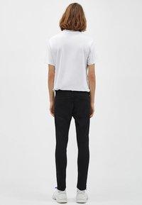 Bershka - Jeans Skinny - black - 4