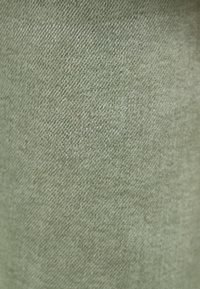 Bershka - SUPERSKINNY - Jeans Skinny Fit - khaki - 4