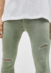 Bershka - SUPERSKINNY - Jeans Skinny Fit - khaki - 3