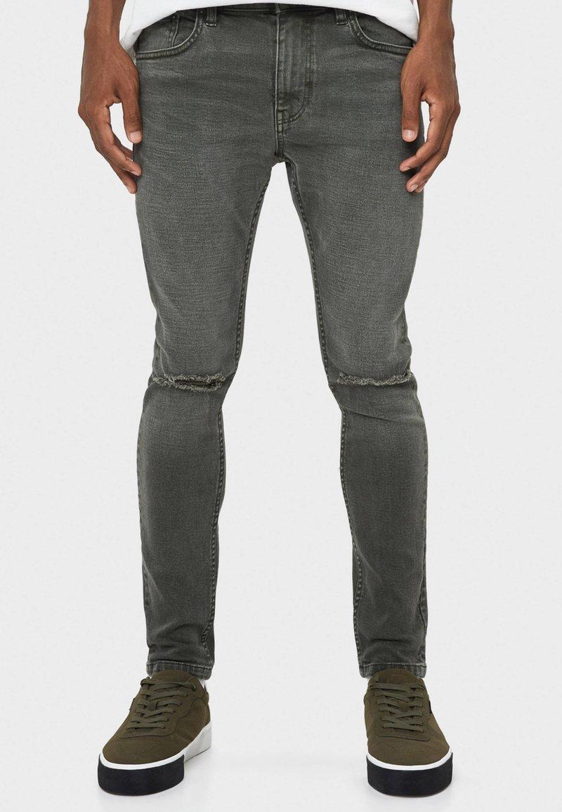 Bershka - Slim fit jeans - khaki