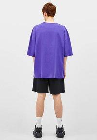 Bershka - T-shirt basique - mauve - 2