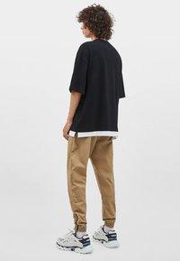 Bershka - T-shirt basique - black - 2