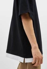 Bershka - T-shirt basique - black - 3