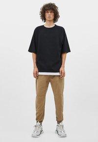 Bershka - T-shirt basique - black - 1