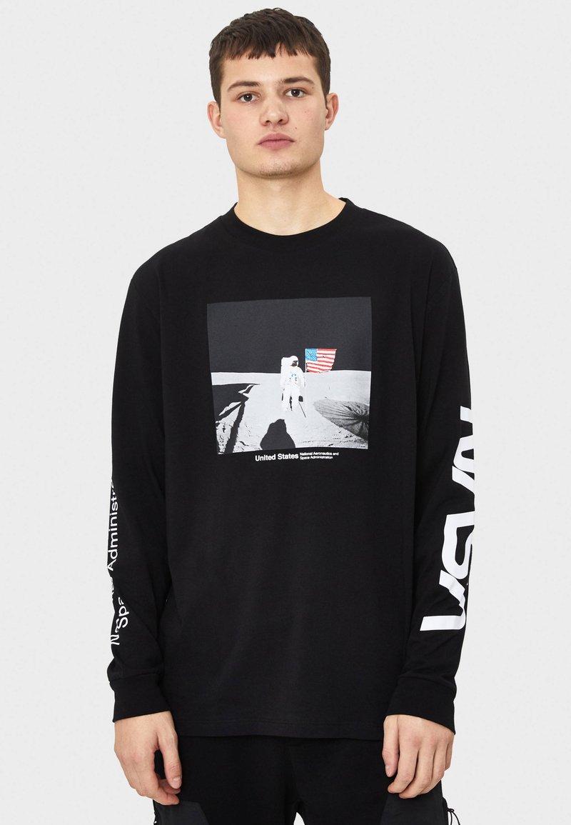 Bershka - NASA - T-shirt con stampa - black