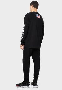 Bershka - NASA - T-shirt print - black - 2