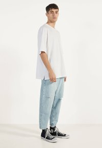 Bershka - T-shirt basic - white - 1