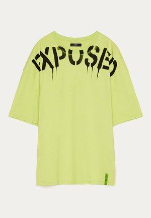 MIT SKELETTPRINT - Print T-shirt - green