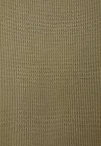 Bershka - Felpa con cappuccio - khaki - 4