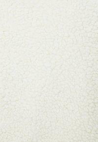 Bershka - Vinterjakker - white - 4