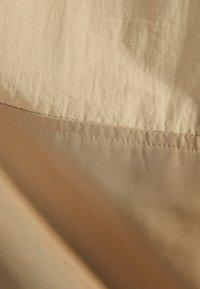 Bershka - MIT BAUCHTASCHE - Blouson - beige - 4