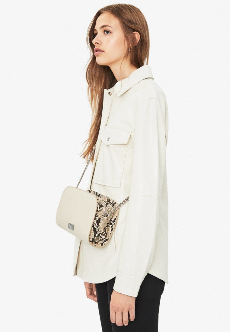 Bershka - Across body bag - beige