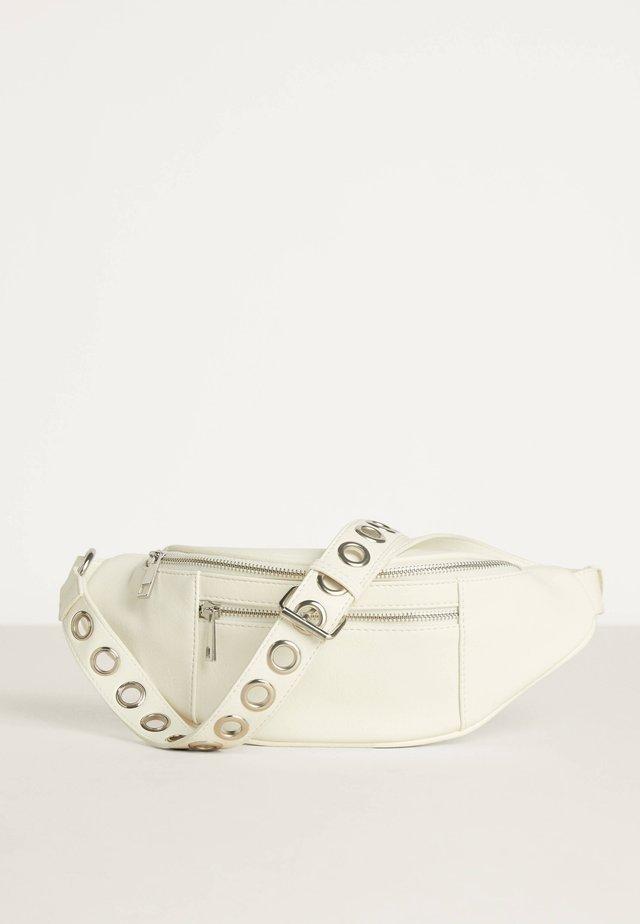 MIT EYELETS  - Bæltetasker - white