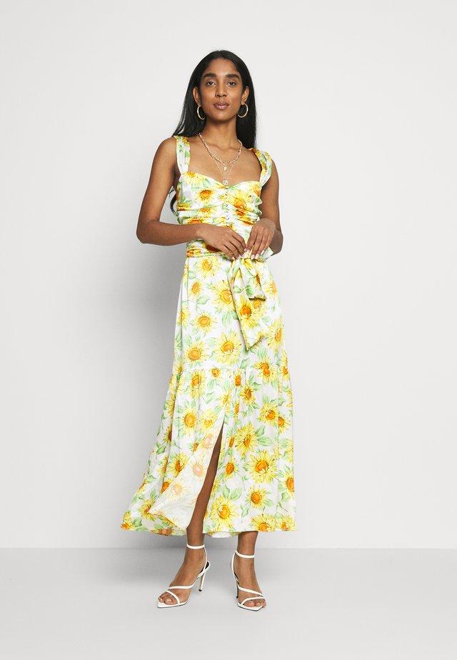 FRANCINE MIDI DRESS - Denní šaty - sunflower
