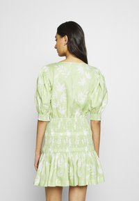 Bec & Bridge - WINDSWEPT MINI DRESS - Korte jurk - green - 2