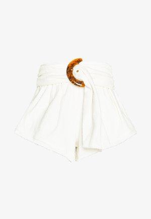 OLLIE  - Shorts - ivory