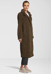 Blonde No. 8 - KIMI - Classic coat - dark brown - 2