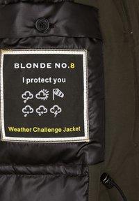 Blonde No. 8 - POLAR  - Down coat - night green - 3